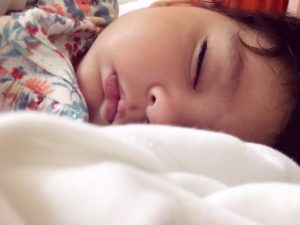 establish sleep schedule and bedtime routine for baby